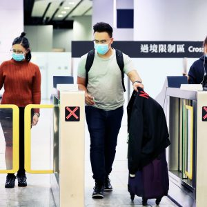 """Nuovo coronavirus, Ministro Speranza: """"I controlli negli aeroporti procedono regolarmente"""""""